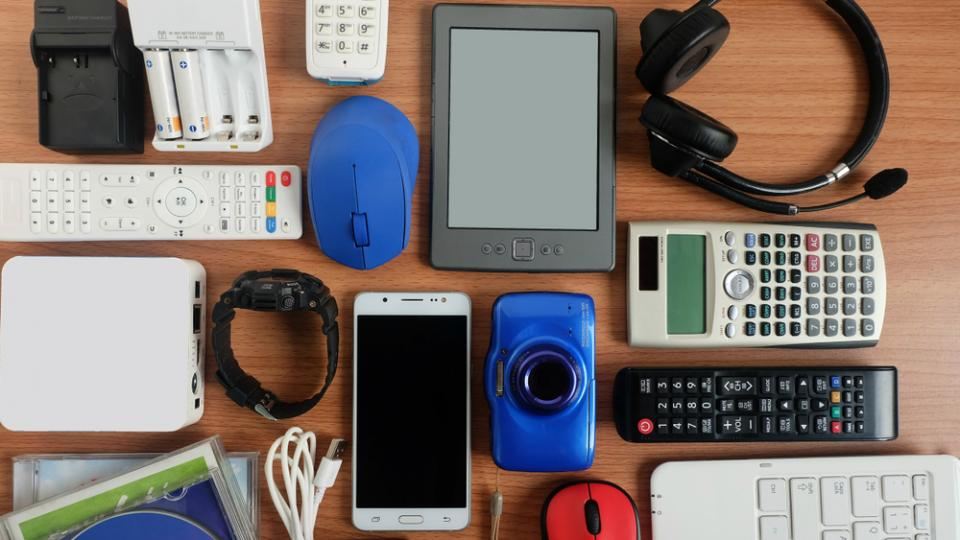 40 million old tech gadgets are stockpiled in the UK home drawers