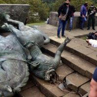 Colombia: Indigenous Protesters Topple Statue Of Conquistador