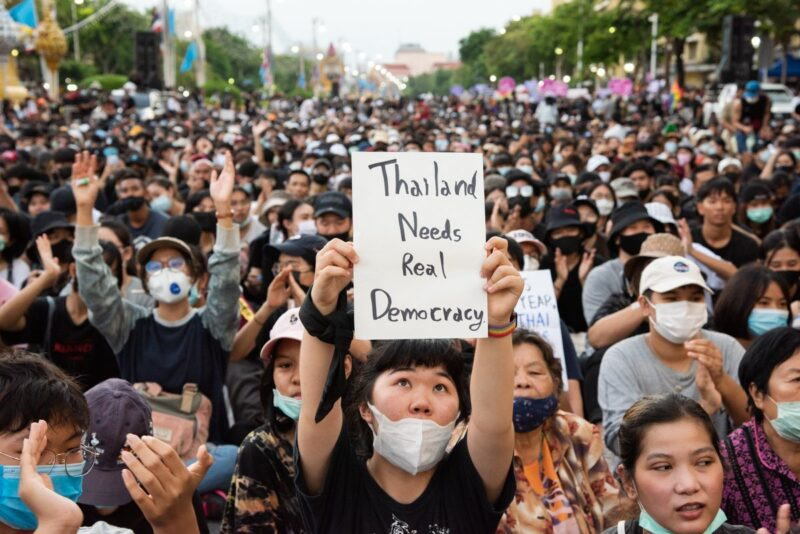 Thailand Revives Law Banning Criticism Of King in Bid To Curb Protests
