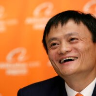 Alibaba wants a piece of Chinese auto industry