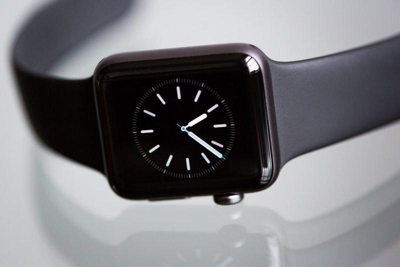 Facebook introduces AR watch