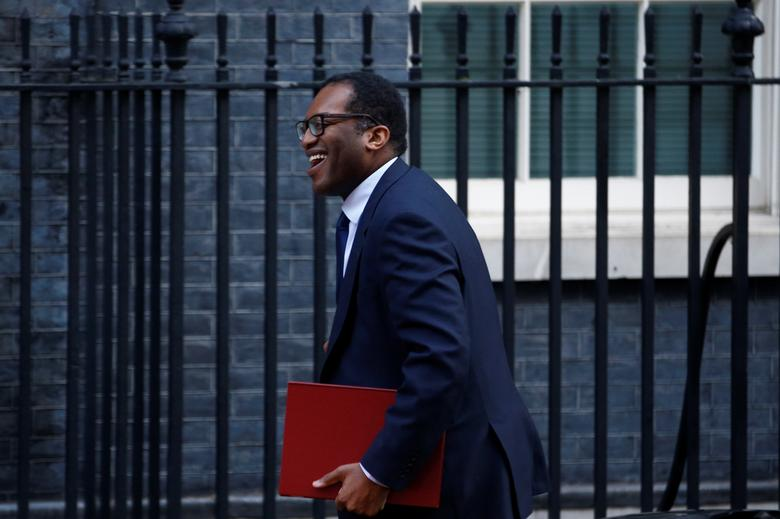 Opposition grows against UK vaccine passports