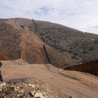 Pentagon to cancel Trump border wall projects using military funds